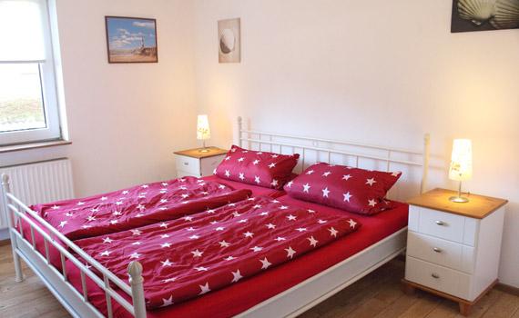 St. Peter-Ording Ferienwohnung Ufer 3: Vorschaufoto Schlafzimmer