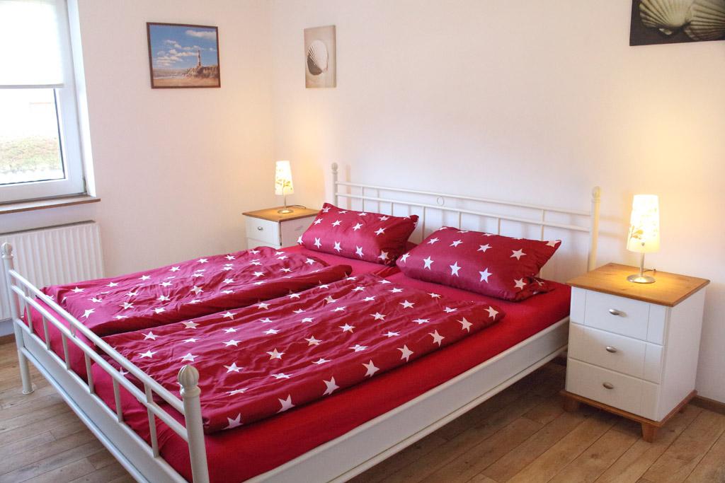 St. Peter-Ording Ferienwohnung privat Ufer: Schlafzimmer